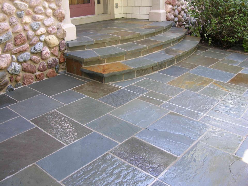 Bluestone patio affordable patio bluestone patio and for Bluestone porch