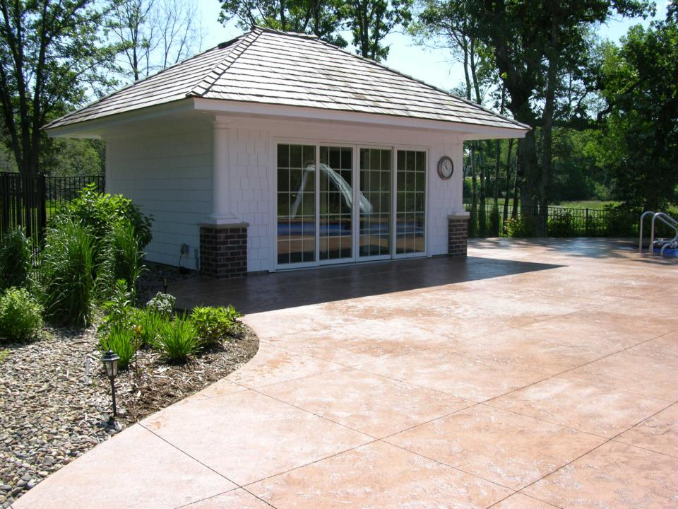 Pools and pool houses yardmasters landscaping company for Pool house cabana